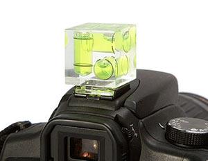 level attachment for camera